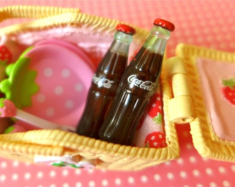 Strawberry Picnic Basket Pink