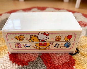 Hello Kitty Chest  6th Scale Skipper Size Diorama