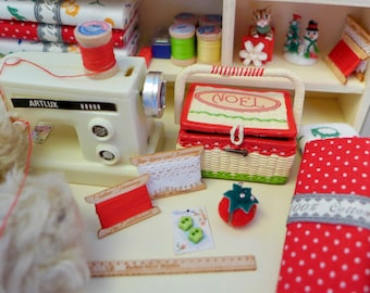 Happy Christmas Sewing Set Blythe & Barbie