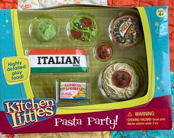 Kitchen Littles Pasta Party Pizza Spaghetti Salad Bread  Barbie Size