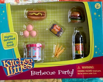 Kitchen Littles Barbecue Party Hotdog Hamburger Strawberry Ice Cream Barbie Size