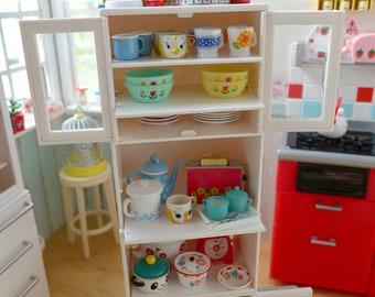 Rement White Kitchen Cabinet