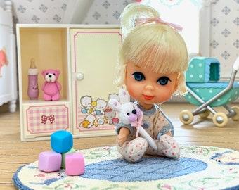 Liddle Kiddle Size Cabinet & Toys