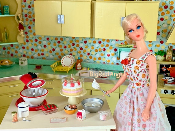 Barbie's Retro Kitchen