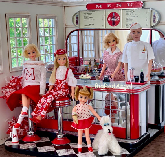 Vintage Barbie Family Diner
