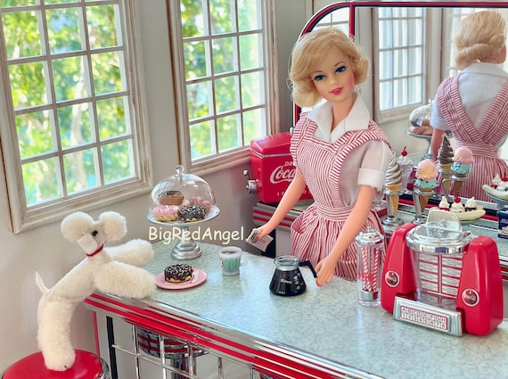 Barbie Doggie Diner