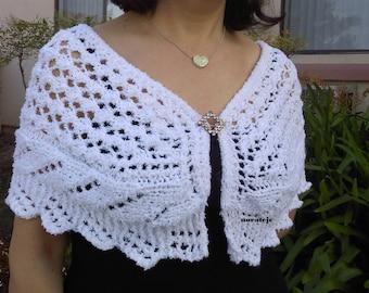 Lady capelet knitting pattern