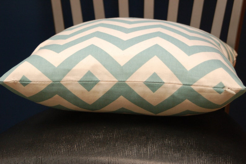 16 inch Blue Natural Chevron Print Throw Pillow Cover image 0