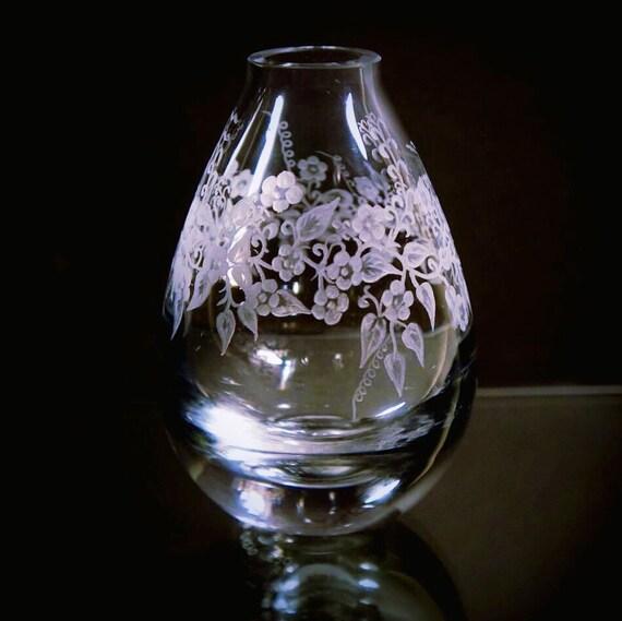Hand Engraved Bud Vase, Small Glass Vase, Flower Vase, Art Deco Vase, Engraved Vase, Mini Vase Etched, Crystal Bud Vase, Housewarming,