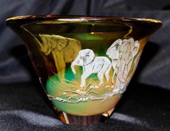 Hand Engraved Bowl elephants, HandBlown, Engraved, Homedecor, Wedding Gifts, Birthday, safari, african art