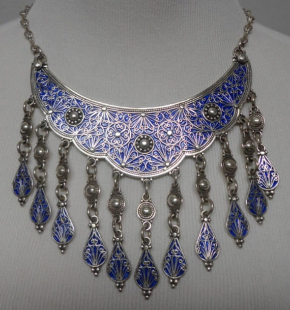 Moroccan Berber Ethnic Jewelry Necklace Silver coloured with 16 Purple Ovals