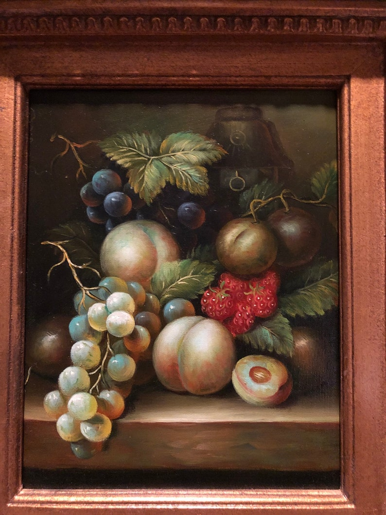 Original oil painting,vintage,fruits painting ,oil painting,beautiful  frame, excellent condition, 15 5