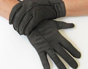 380ed05261400 Short black gloves with stitched dots, size 7 women's gloves, vintage  wrist-length gloves