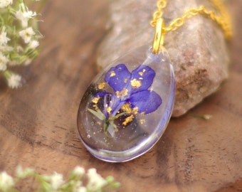 Pressed Flower Necklace, Real Flower Jewelry, Terrarium Necklace, Resin Jewelry, Teardrop Necklace, Handmade Jewelry, Romantic Gifts For Her