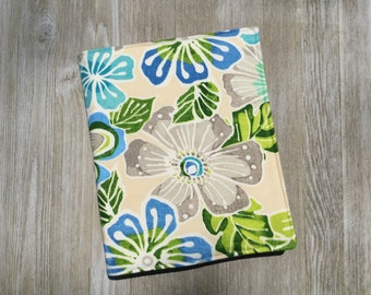 Service Folder, Ministry Organizer, jw Magazine Holder, in Blue Hawaiian Flowers Fabric, with Pocket for Meeting Invitations - Ready to Ship