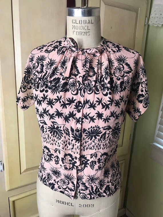 1940s Rayon Novelty Pink Blouse