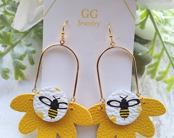 Bumblebee leather earrings, summer earrings, bee earrings, yellow summer honeycomb earrings, Mother's Day, Gifts for her, honey