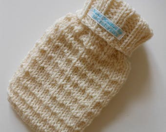 TheCraftyElks: 500 ml Mini Hand Knitted Hot Water Bottle Cover (Cosy) in Cream (with bottle) - 100% Wool