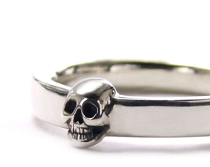 Skull Mens Wedding Ring Dainty Solid Sterling Goth Groom Ring Psychobilly Wedding Band Wedding Set All Sizes Gift for Him