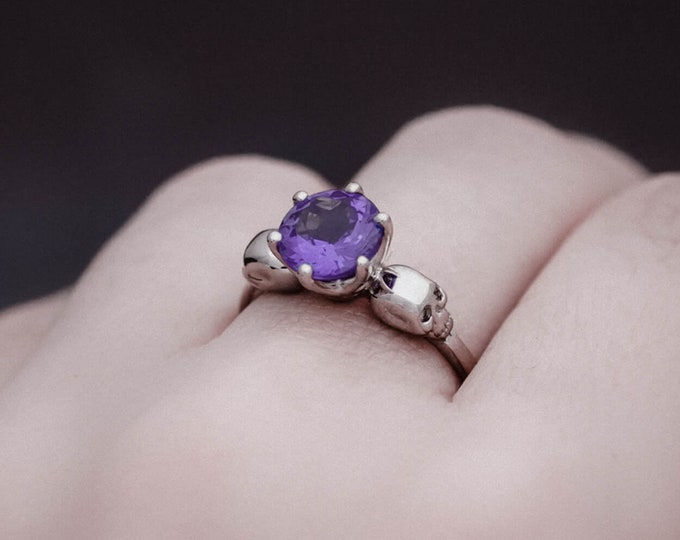 WANDA Skull Ring, Size 6.5, UK M1/2, Solid White Gold, Unique Goth Engagement, Natural Gem, Memento Mori, Anniversary, Gift For Her, Bridal