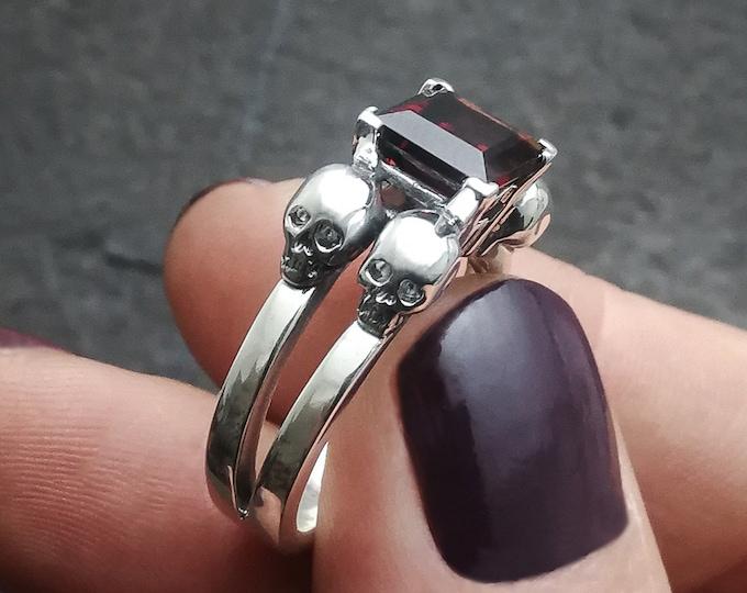 LETHE OG Garnet Size 6 / 52 / L - Skull Engagement Ring, Goth Engagement Ring, Natural Gemstone, Women Memento Mori - Ready to Ship