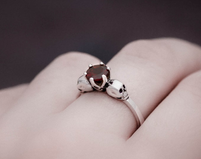 WANDIKA Dainty Skull Ring, Size 6.5, Natural Red Gemstone, Gothik Engagement Ring, Womans Ring Rockabilly, Memento Mori
