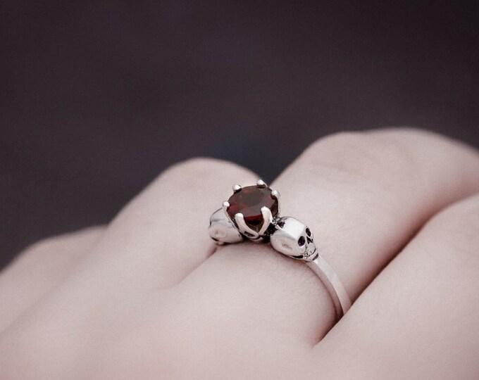 WANDIKA Dainty Skull Ring, Size 5, Blood-red Garnet, Gothik Engagement Ring, Womans Ring Rockabilly, Memento Mori