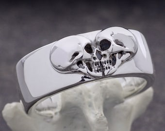 Kissing Skulls, Size 9.5, Heavy Band Ring, Couple Ring, Goth Heart, Skull Band, Gift for Him