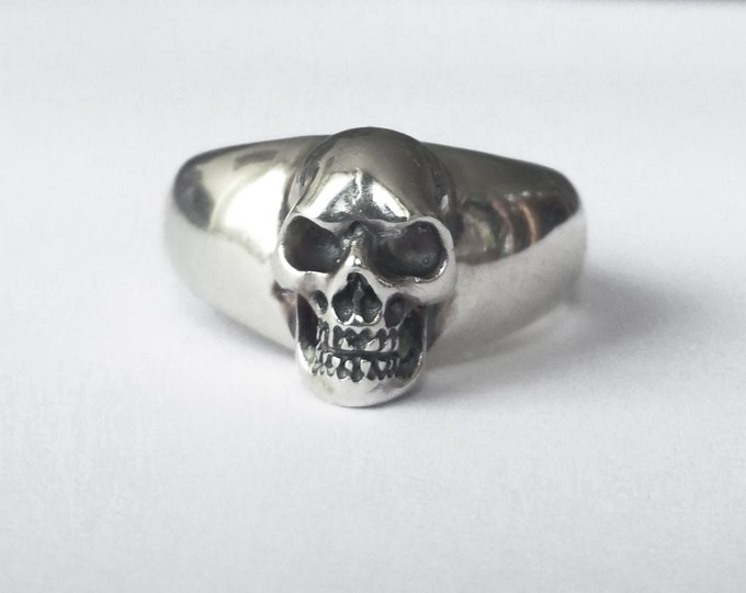 Massive Men Ring, Size 10, Large Skull Ring in Sterling Silver, Biker, Rocker, Goth