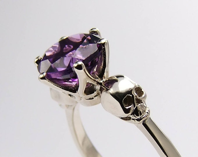 Golden Skull Engagement Ring with Purple Amethyst Gemstone - White Gold and Yellow Gold available - All Sizes
