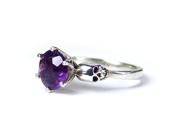 WANDA - Skull Ring in Size 7.5, Gothic Engagement, Goth Jewel, Purple Gemstone, Memento Mori