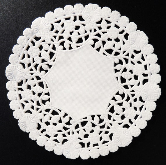 8 and 10 white lancaster paper lace doilies flowers and leaves il570xn mightylinksfo