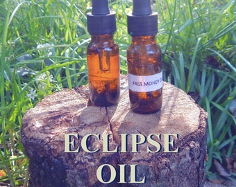 ECLIPSE OIL 15ml - Clarity, reversing, removing obstacles for candles altar anointing - handmade with essential oils & herbs