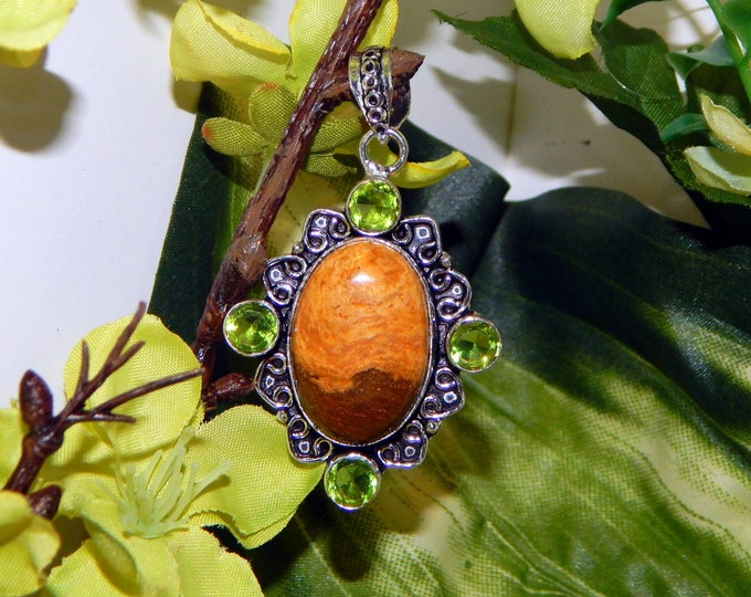 GA Wise Werewolf inspired vessel - Handcrafted Peridot Jasper pendant necklace