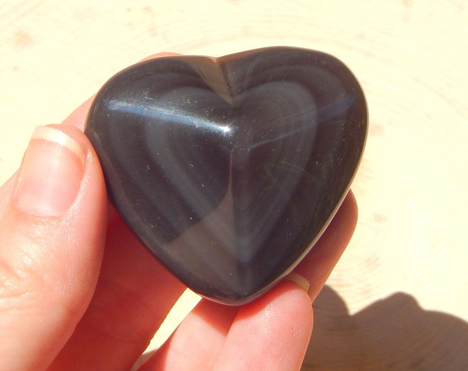 RAINBOW OBSIDIAN heart natural gemstone - 1.7 oz silver and light purple coloration - Reiki Wicca Pagan Geology