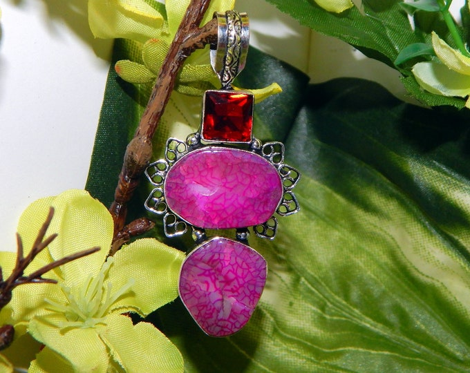 PROTECTIVE male Red Dragon inspired vessel - Handcrafted Dragon's vein Agate pendant necklace