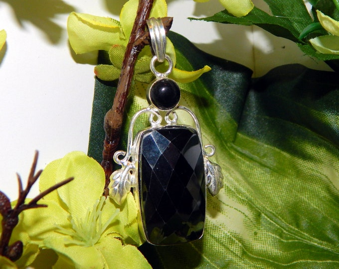 Mystical Dreamscape Vampire inspired vessel - Handcrafted Black Spinel Onyx pendant necklace