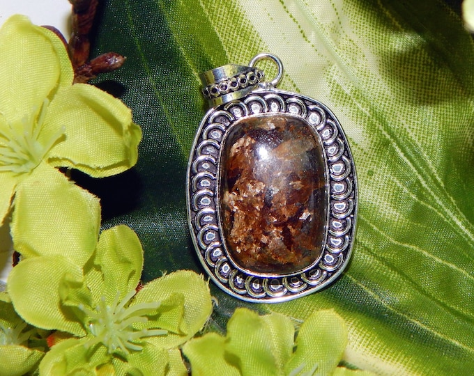 Astral Werewolf inspired vessel - Handcrafted golden Seraphinite pendant necklace