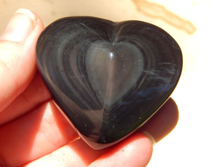 2.8 oz RAINBOW OBSIDIAN heart natural gemstone - green silver and light purple coloration - Reiki Wicca Pagan Geology