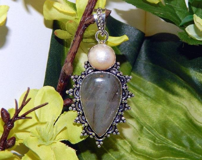 WISE Ilmu Khodam inspired vessel - Handcrafted Pearl Pink Labradorite pendant necklace