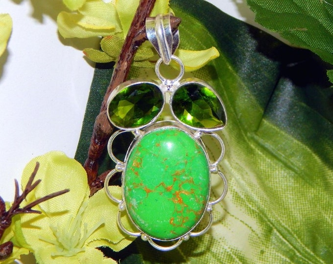 Carpathian Sanguine Vampire inspired vessel - Handcrafted Green Turquoise and Peridot pendant necklace