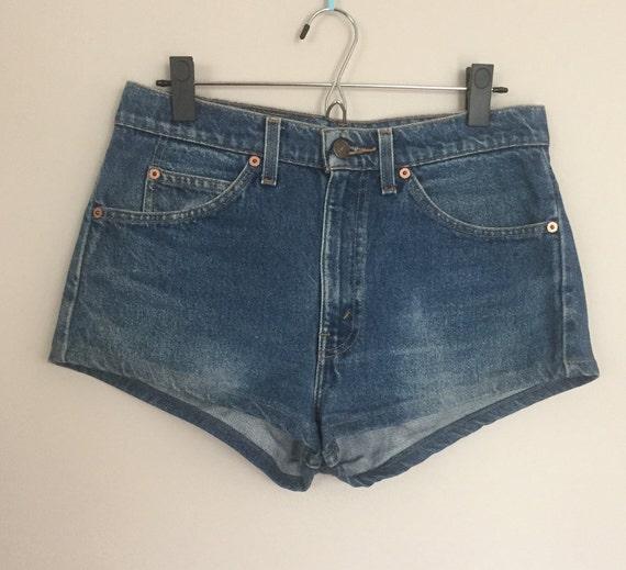 Vintage Levis 505 Jean Shorts Hot Pants