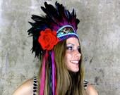 Frida - Vibrant feather headdress