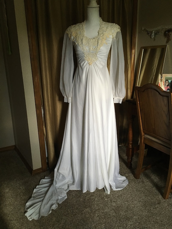 Handmade Vintage 1970s Wedding Gown S