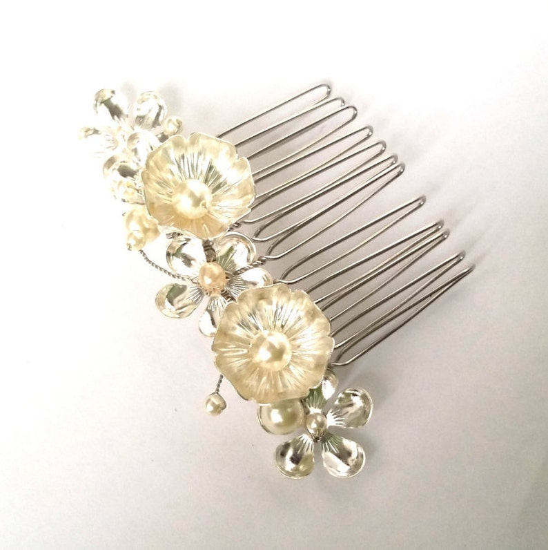 bridal hair comb woodland wedding Silver flower hair comb