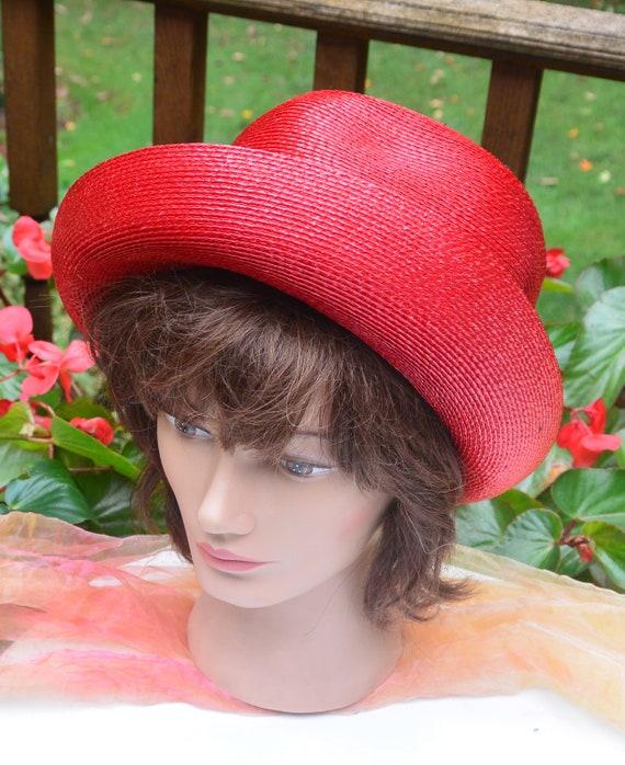 SALE! Elsa Schiaparelli Hat, Bloomingdale's NY - … - image 3