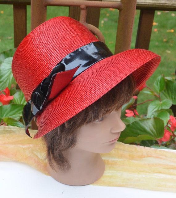 SALE! Elsa Schiaparelli Hat, Bloomingdale's NY - … - image 2