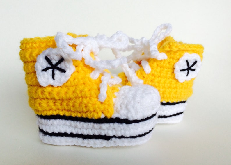 f4dd912179850 Yellow crochet baby converse booties, baby converse slippers, custom  converse, shower gift