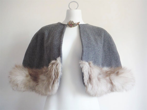 1950s Couture Grey Wool Fox Fur Capelet