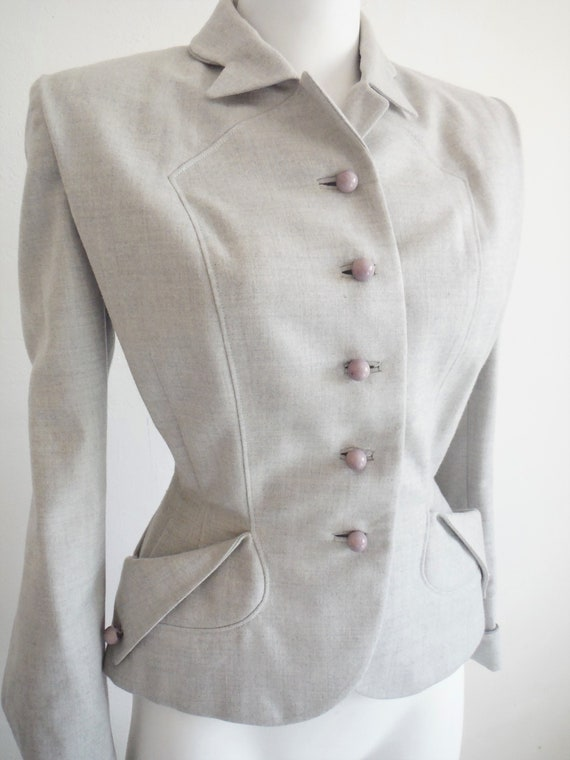 1940s Light Grey Wool New Look Style Tailored Wasp